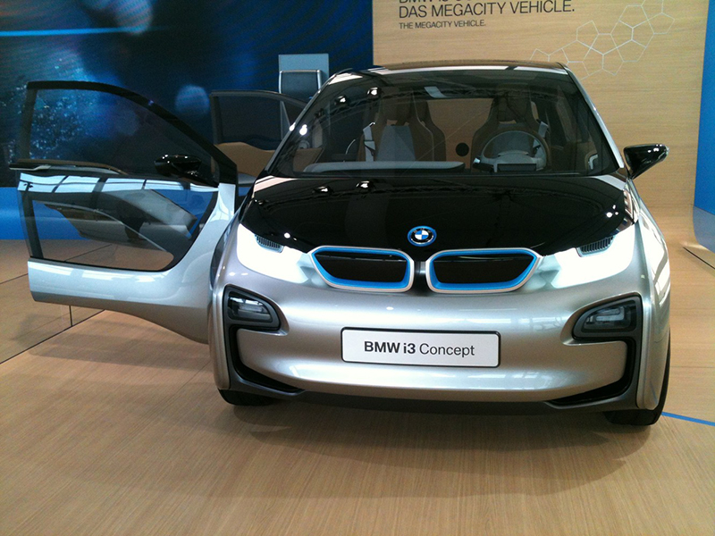 1.BMWi3_Front