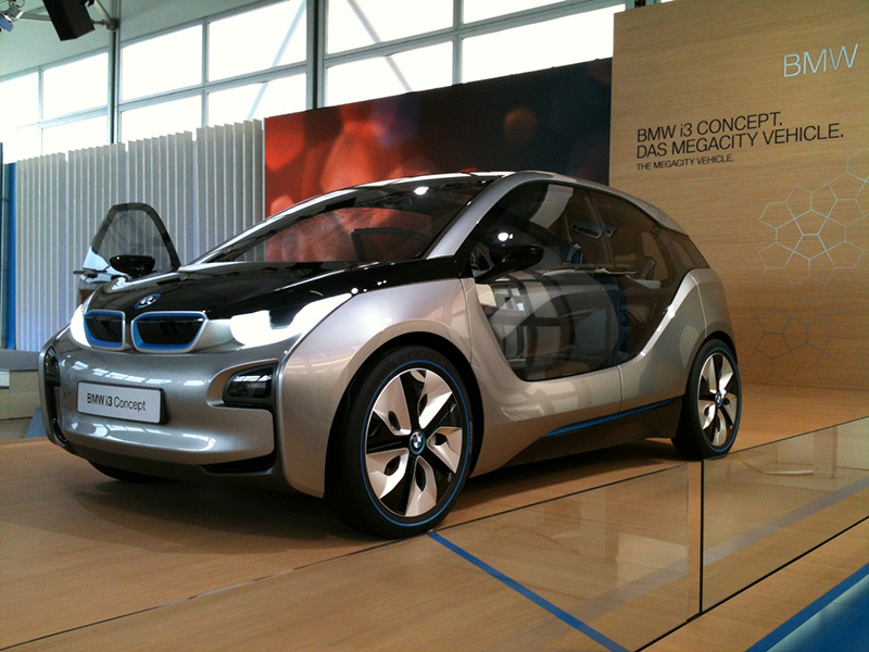 2.BMWi3-3-4-Front