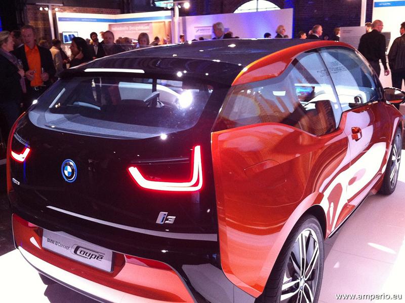 6. BMWi3_So sieht der Serien 4-Türer von hinten auch aus