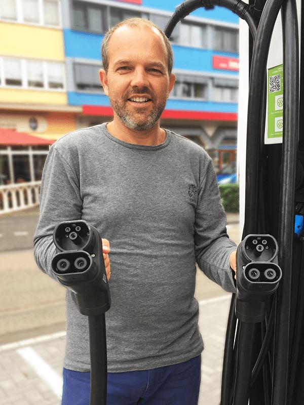 Oliver P. Kaul Rund Ums Laden Amperio naturenergie Lades'ule Stecker Elektroautos Elektromobilit't