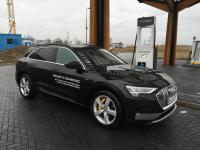 2. Audi Q6 e-tron Test elektroauto euato SUV Tesla model Y und X konkurrent