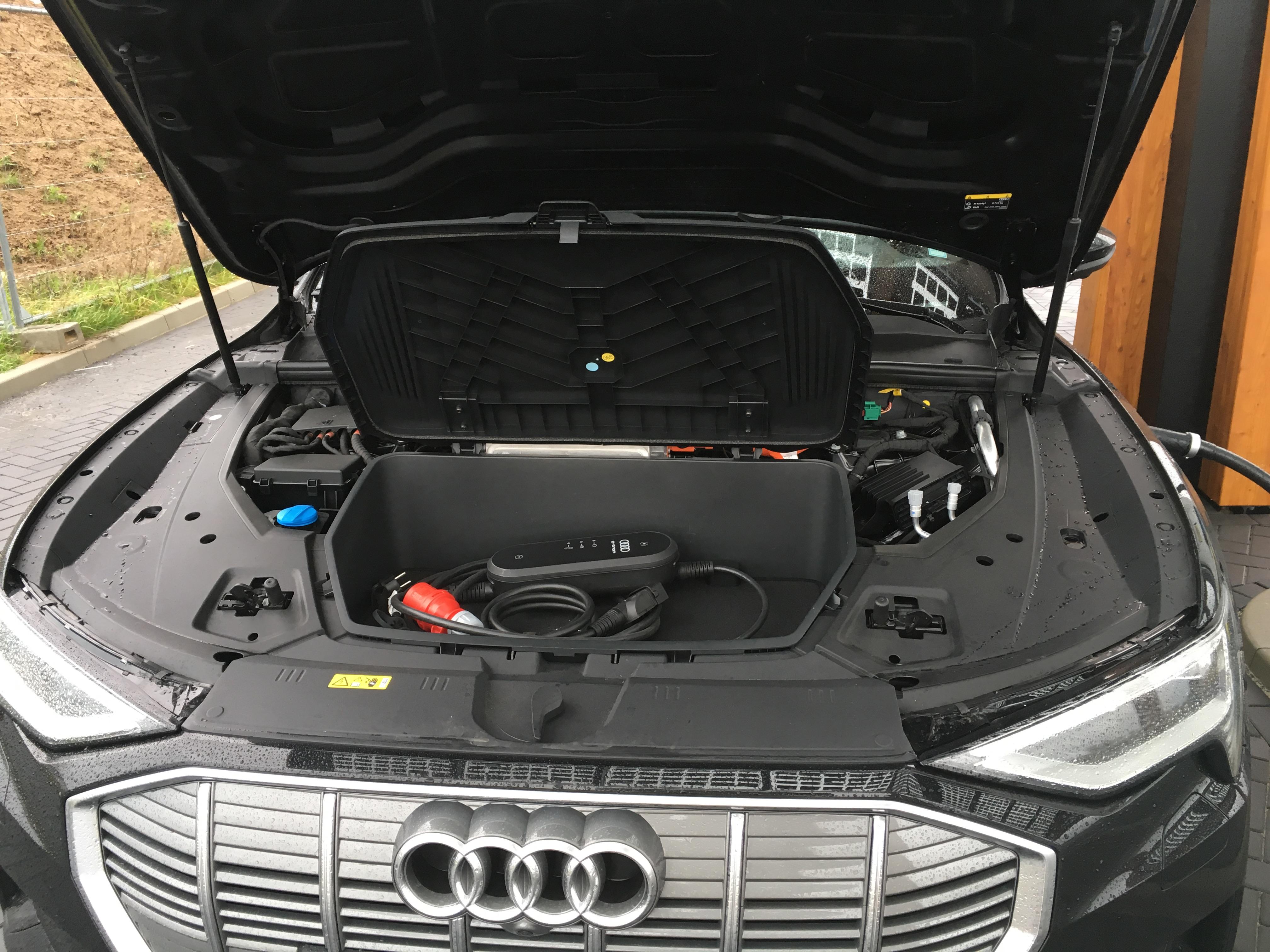 3. Test elektroauto aus ingolstadt euato SUV