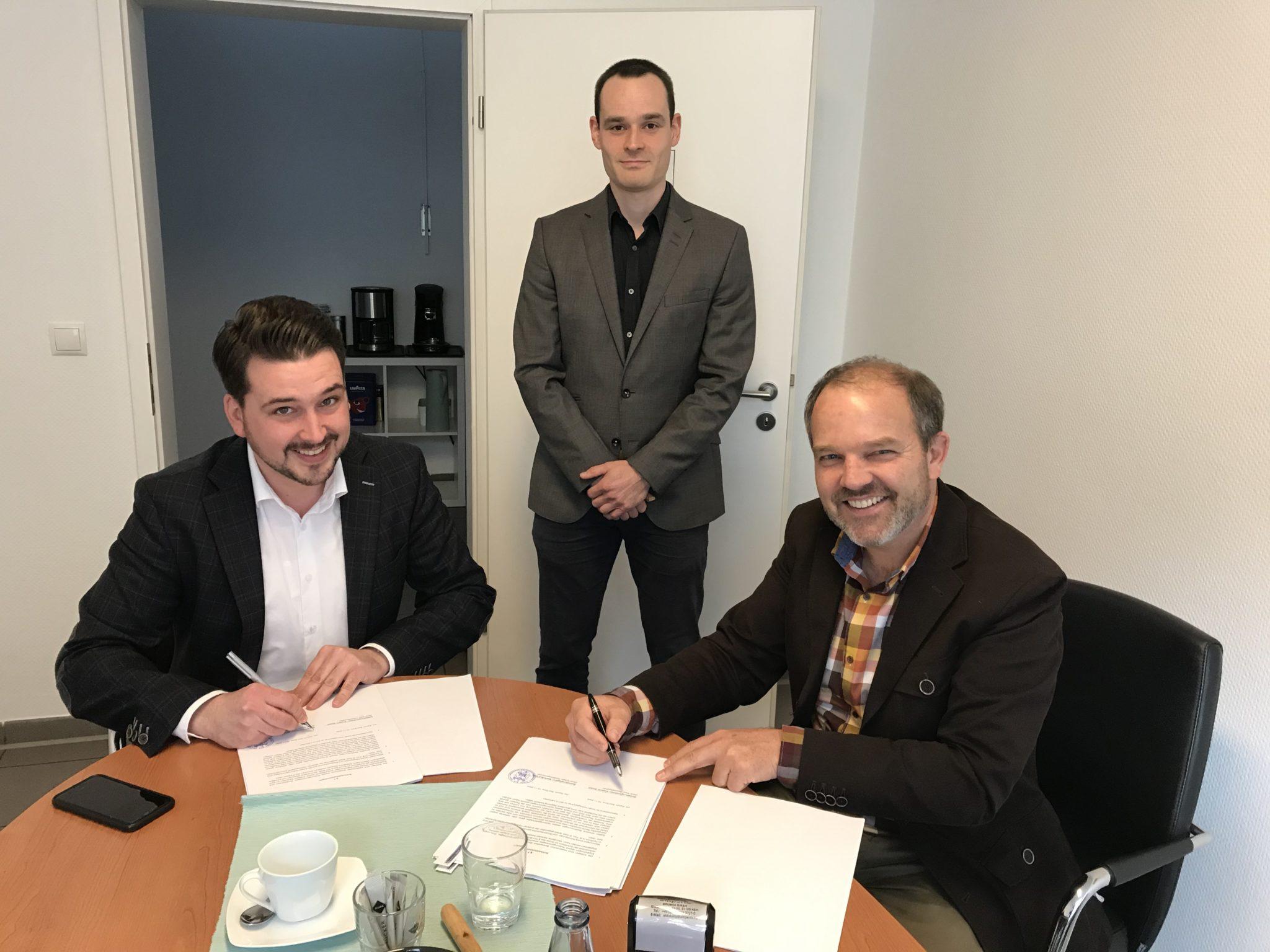 Vertragsunterzeichnung Stadt Bad Ems und amperio GmbH